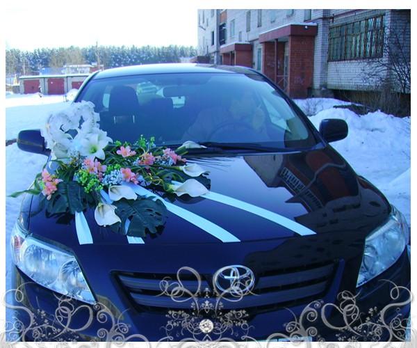 ukrashenie-svadebnyh-mashin